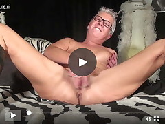 Squirting old full-grown MILF jacking off with a instrument
