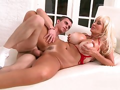 Rounded MILF Brittany O'Niel bonks a privileged youthful pool stud sub