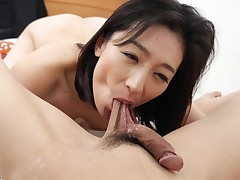 Damp Lady Boss Fucked By Employee - JapanHDV