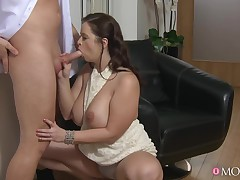 Unconventional pornstars Taya Fedora, Mickey G in Hottest Giant Ass, BBW porn episode
