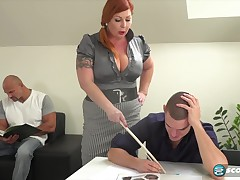 Tammy is a voluptuous, red haired woman who is each in the mood for a mmf MMF