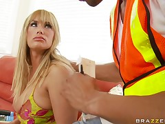 Shyla Stylez move get out the kind