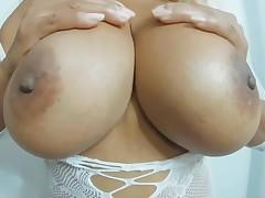 Mango Maddy shows her sticky body