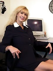 Blatant Mommys - The Web's #1 XXX Mature Babes Copulation Site!