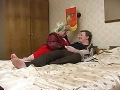 Grosse Femme Russe et son neveu