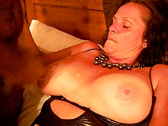 Canadian cougar anne takes a black load