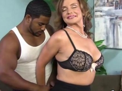 Slutty cougar hoe obtains big darkish jock