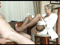 Milf ALA footjob in nylon stockings