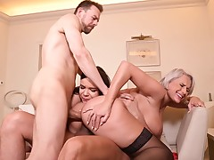 Titsy Milf Acquires Penetrated By Her Spouse And Her Stepdaughters Buddy
